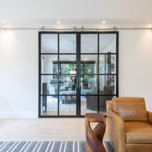 badura-side-door